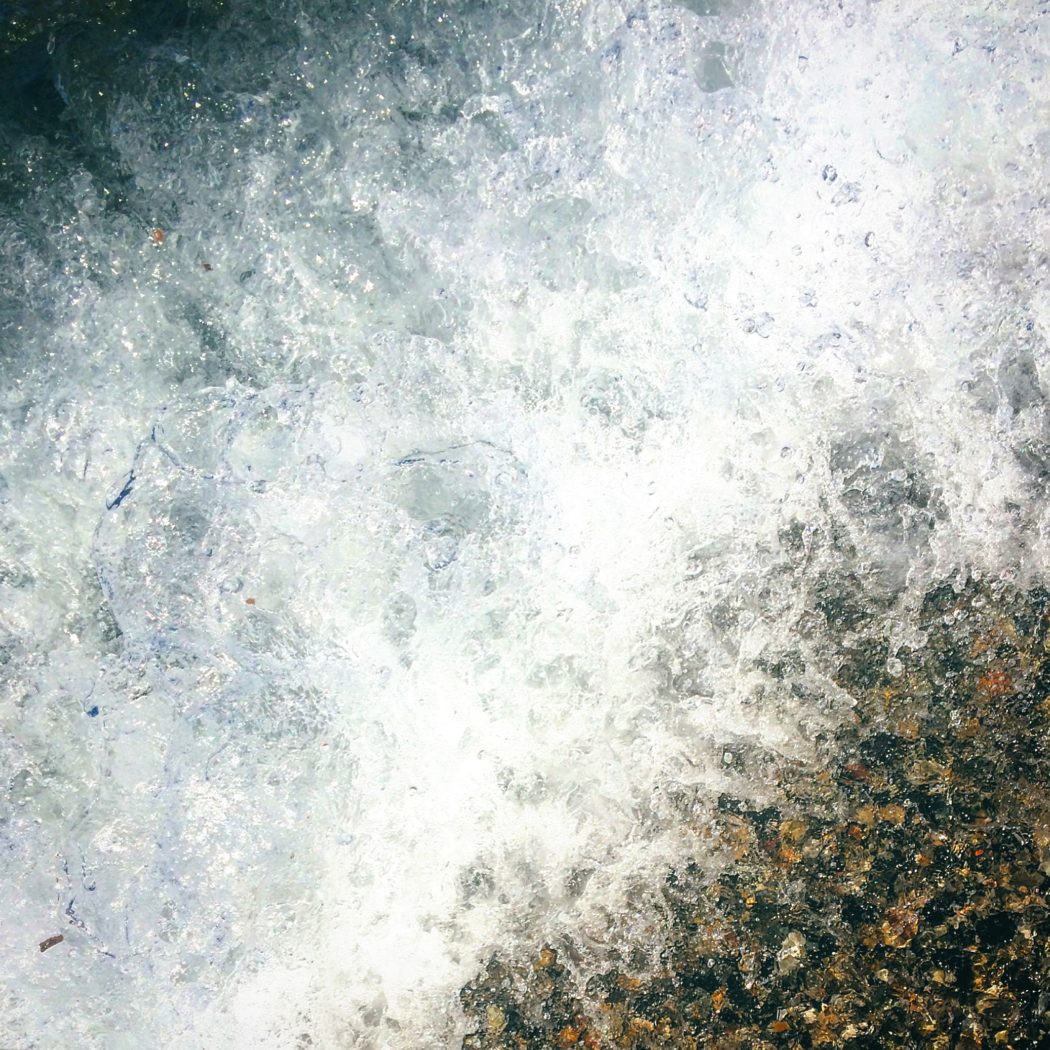 Di quell'onda che arriva e non ti aspetti. Sardegna Sardinia Cerdena Sardinien, Giorgia Corti Ph, Photographer Paris